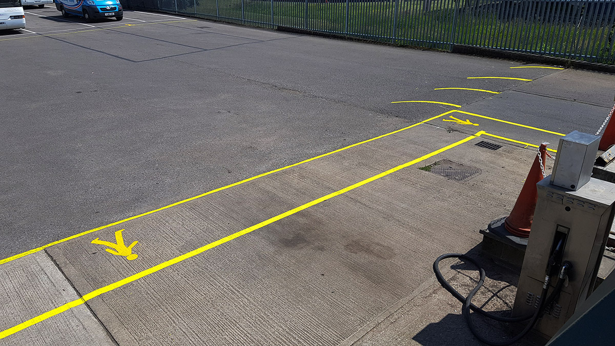 Hard Surface Line Marking Chlorinated Rubber Paint Plus