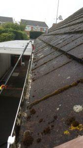high reach gutter clearing